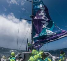 VIDEO: Team AkzoNobel battles on after ill-fated Southern Ocean gybe damages mast and mainsail