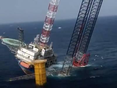 Wind turbine vessel partially capsizes off China