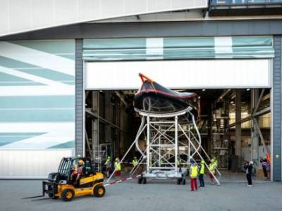 INEOS Team UK manufactures 'Britannia' boat cradles with ELG recycled carbon fibre