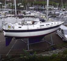 Colvic Countess 33 for sale for cancer respite charity