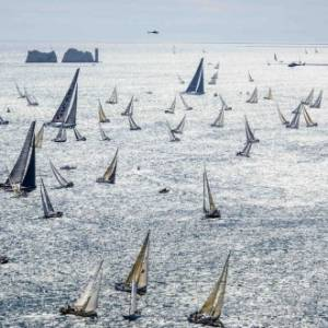 Rolex Fastnet Race change of date