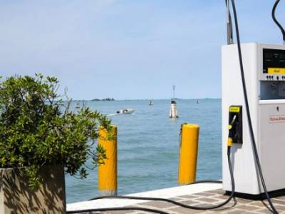 RYA and industry representatives meet HMRC to discuss red diesel situation