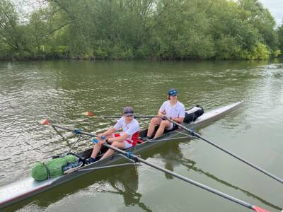 Students' three day fund raising row for Sea Cadets