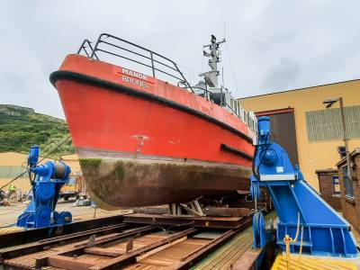 New vessel lift system for Manor Marine