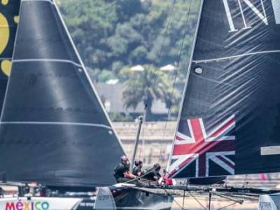 Swiss clean sweep in Extreme Sailing Series™ Cascais showdown