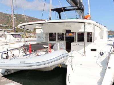 AUCTION : Lagoon 450 Catamaran