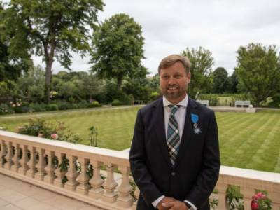 Alex Thomson Awarded Top Honour by French Embassy