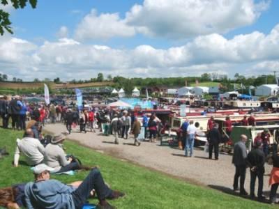 Crick Boat Show