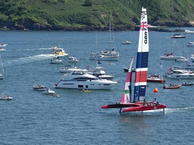 Slingsby completes return to form with Great Britain Sail Grand Prix win