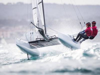 Gimson and Burnet set sail for Tokyo 2020