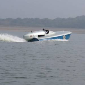 VIDEO: MALCOLM CAMPBELL'S BLUEBIRD WATER RECORD SPEED HOLDER FROM 1937 GETS READY TO GO AGAIN
