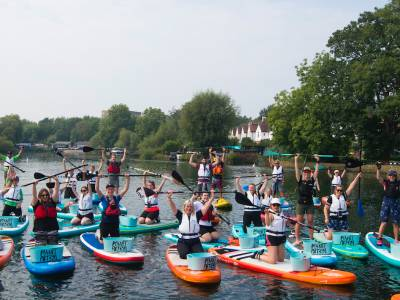 Paddle boarders clean-up River Itchen