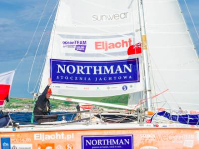 New world record – Smallest yacht to circumnavigate the globe singlehanded arrives in Plymouth