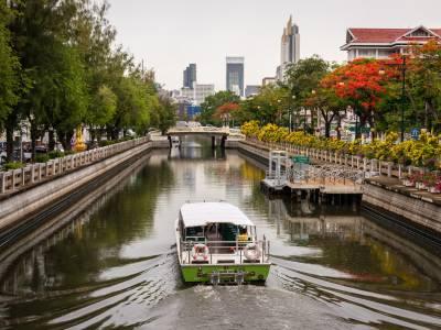 Bangkok expands electric passenger ferry fleet