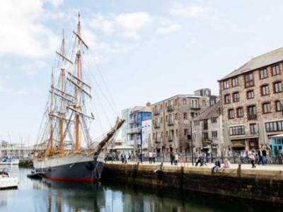 Famous tall ship plans a return to Plymouth's historic Sutton Harbour