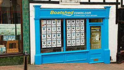 Boatshed Yacht Brokerage business re-sale brings new business owners for Boatshed Cowes on the Isle of Wight