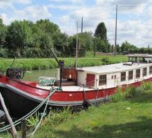 A Bargin' bargain on the canals in France