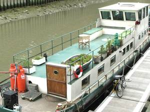 Featured boat: stunning West London houseboat