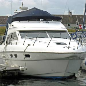 Style, quality and comfort. Look no further than the Sealine F43