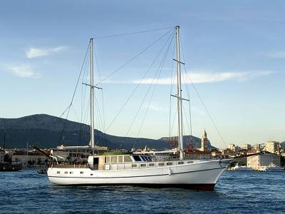 Turkish Gulet Available For Sale And Charter