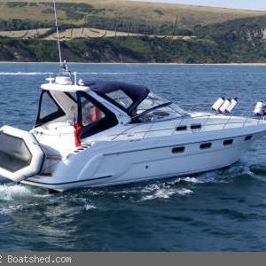 Spotlight on this Sealine S37