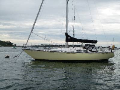 Boatshed Newport Just Listed: C&C 38
