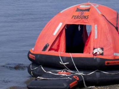 Marine Industry ladies spend 24 hours in a liferaft