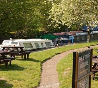 Waterside Pubs in Essex