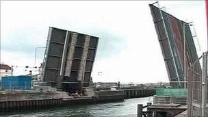 Lowestoft Bascule bridge Closures