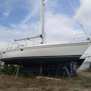 Boatshed Newport Features a 2004 Catalina MK II 42