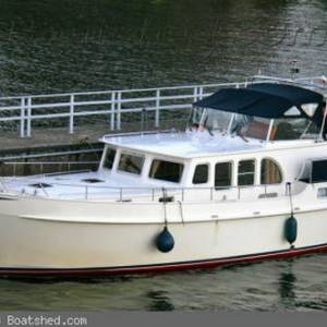 Get BIDDING: June Boat Auction