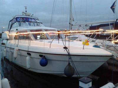 Broom 33 Motor Boat  For Sale - Beautiful example