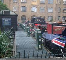 Is the Grand Union Canal Overcrowded?