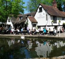 3 Grand Union Pubs Every Boater Should Visit