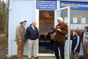 Boatshed Cowes - Yarmouth office sets sail