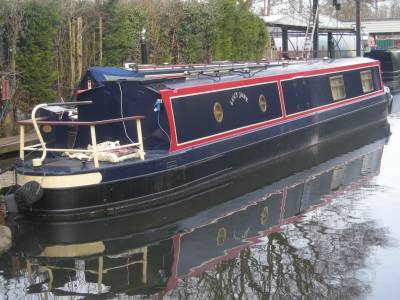Boatshed Grand Union launches the first Boatshed Brokerage on the Inland Waterways