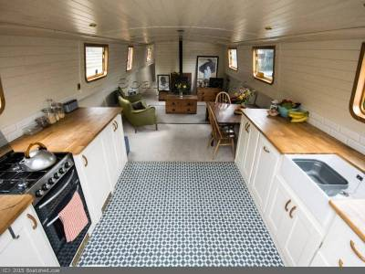 3 Perfect Boats for Living Aboard - Whatever Your Budget