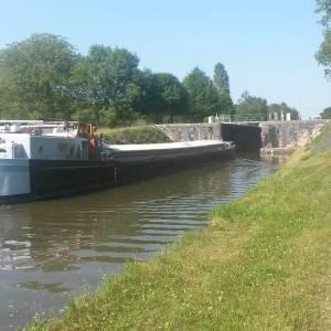Canal de Briare, j'ai testé une Freycinet*