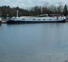 Chez Boatshed Bourgogne peut  - on lister votre bateau en hiver ?