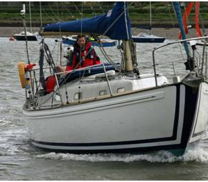 As the Boatshedmedway Broker I have been delighted to market this Rival 32'.