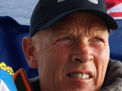 Mike Golding follows in the footsteps of Sir Robin Knox-Johnston at the Little Ship Club
