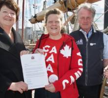 Queen's personal message sets sail from Royal Greenwich Tall Ships Festival