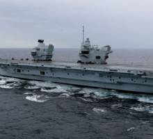 Merlin helicopter becomes first aircraft to land on HMS Queen Elizabeth