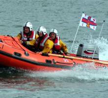 Boatshed Dartmouth Supports Blackness Marine RNLI Fund Raising Day