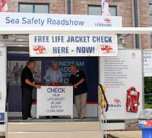 Bangor Marina help the RNLI host a free 'Lifejacket Clinic'