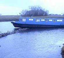 Notorious submerged wall catches another boater out on the River Trent